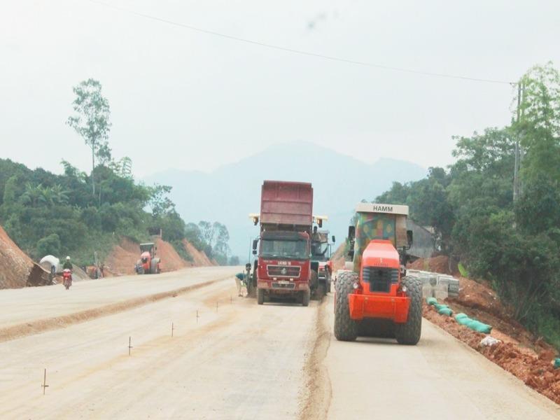 Thủ tướng đồng ý giải thể quỹ bảo trì đường bộ - Ảnh 1.