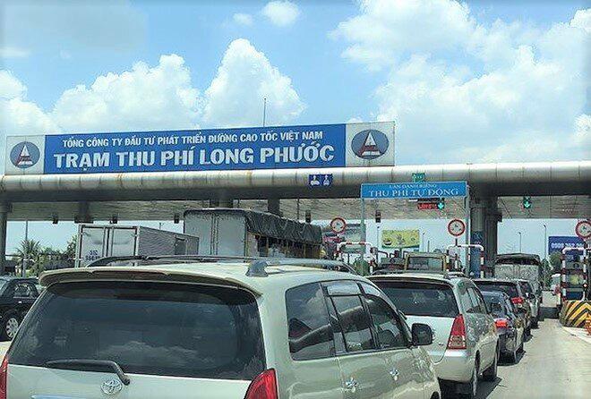 Trạm thu phí để xe ùn tắc dịp Tết sẽ bị phạt đến 70 triệu đồng - Ảnh 1.