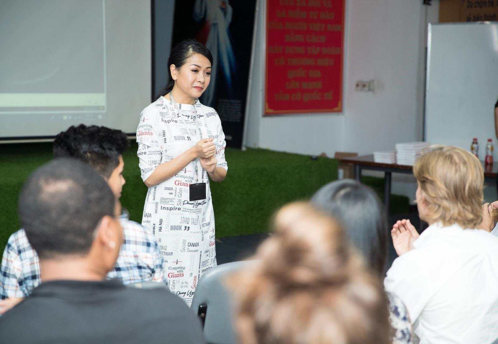Bà Trần Uyên Phương: Giá trị Tân Hiệp Phát mang lại sẽ cao hơn giá sản phẩm - Ảnh 1.