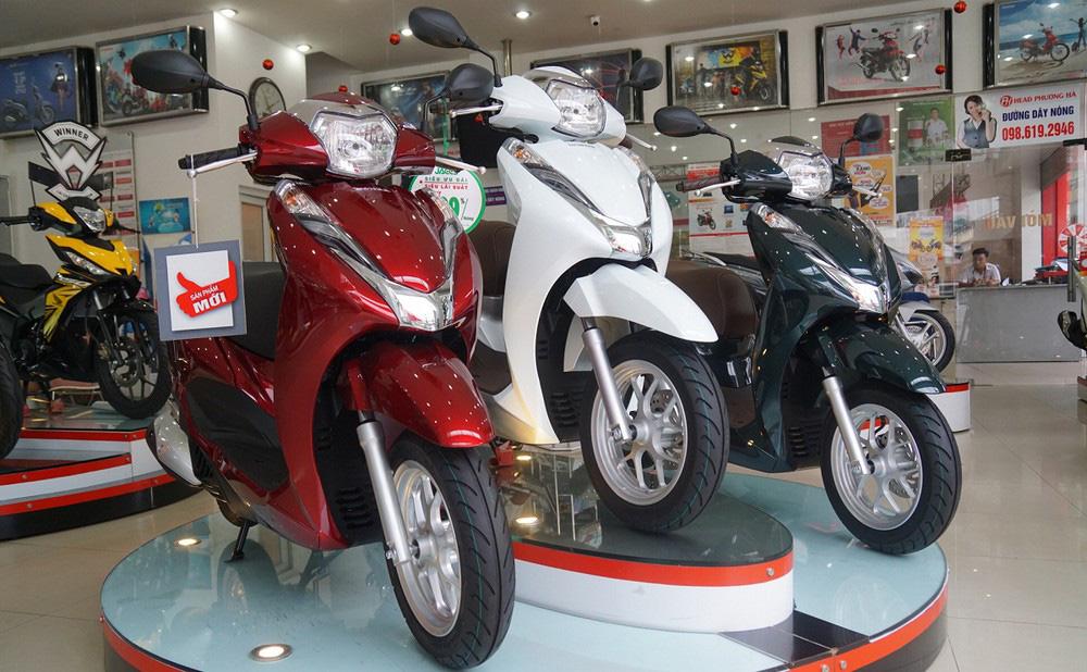 Tiếp tục 'ăn' phần của đối thủ, Honda nắm đến 79% thị phần xe máy - Ảnh 1.