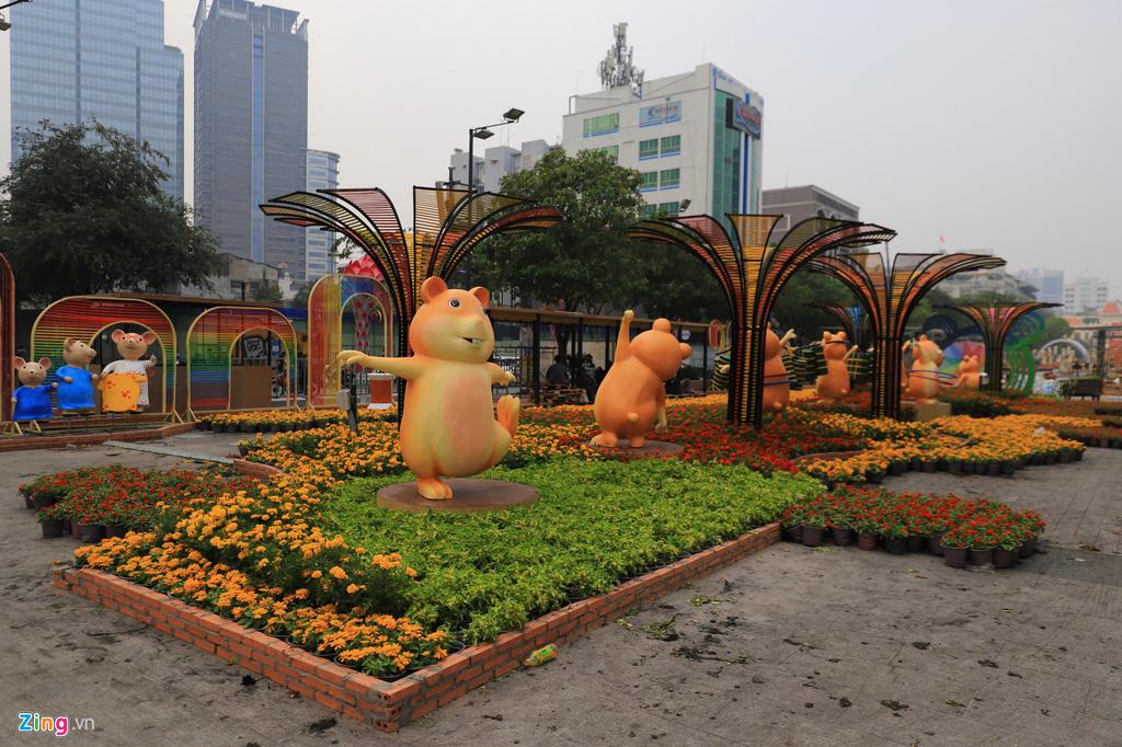 Đường hoa Nguyễn Huệ rực rỡ sắc màu trước giờ khai mạc - Ảnh 6.