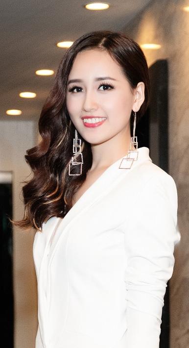 Hoa hậu Mai Phương Thúy: Đầu tư chứng khoán chắc chắn không nghèo - Ảnh 4.