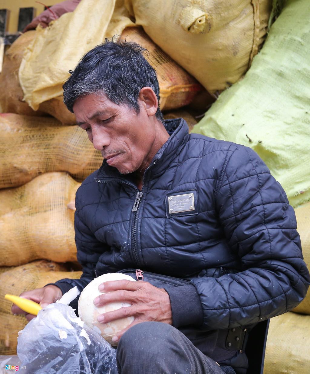 Thu về 30-50 triệu mỗi ngày từ bán dừa làm mứt - Ảnh 4.