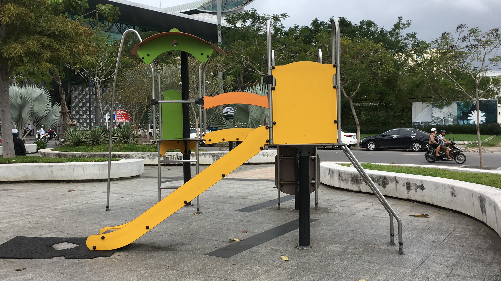 Cận cảnh 'đất vàng' Đà Nẵng làm công viên sách, mở rộng công viên APEC - Ảnh 4.