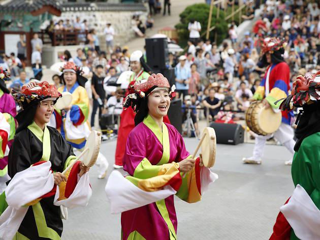 Việt Nam, Thái Lan, Trung Quốc và cuộc đua thu hút khách du lịch Hàn - Ảnh 1.