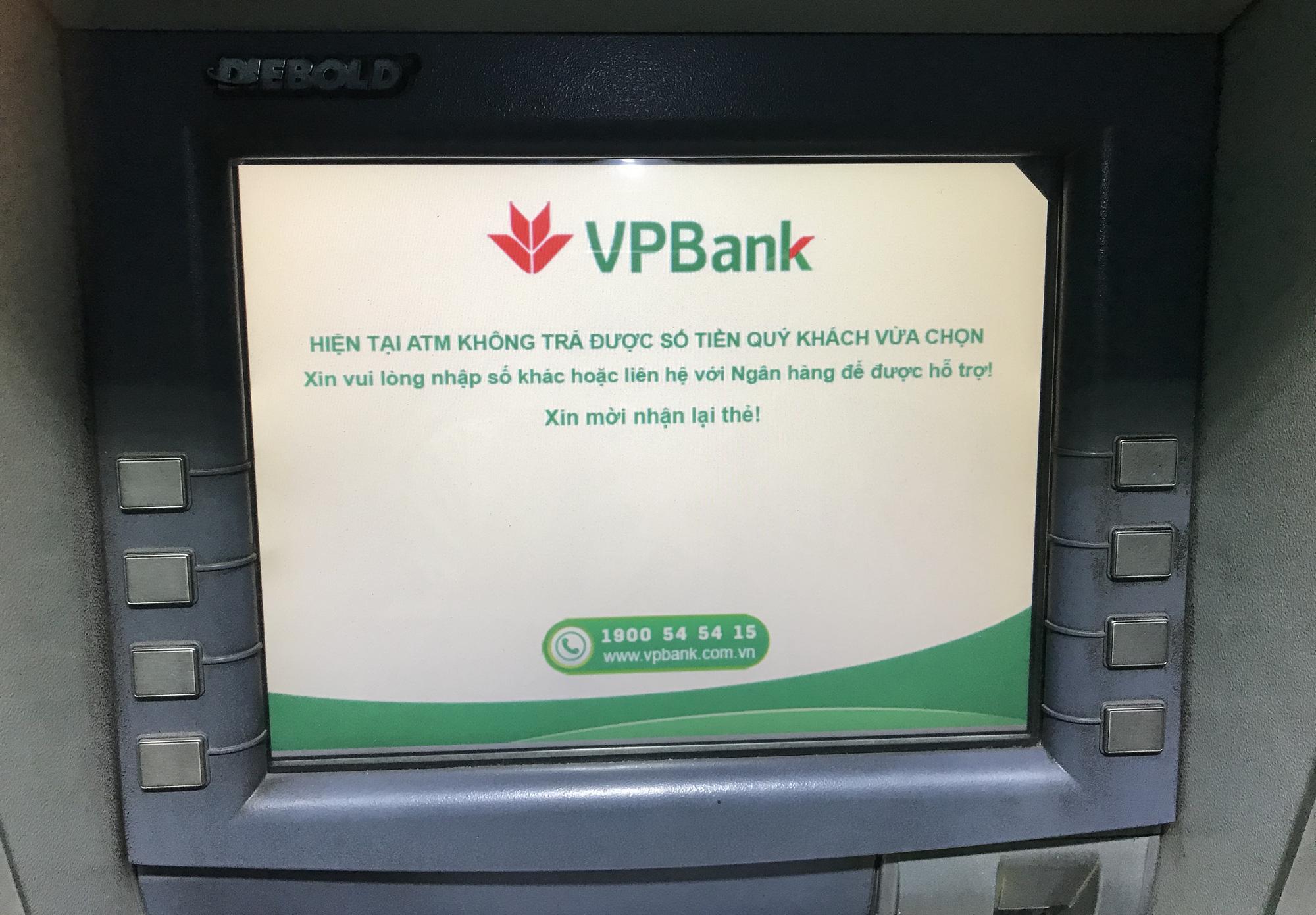 ATM đồng loạt hết tiền nghỉ Tết, Ngân hàng Nhà nước ra công điện khẩn 28 Tết - Ảnh 3.