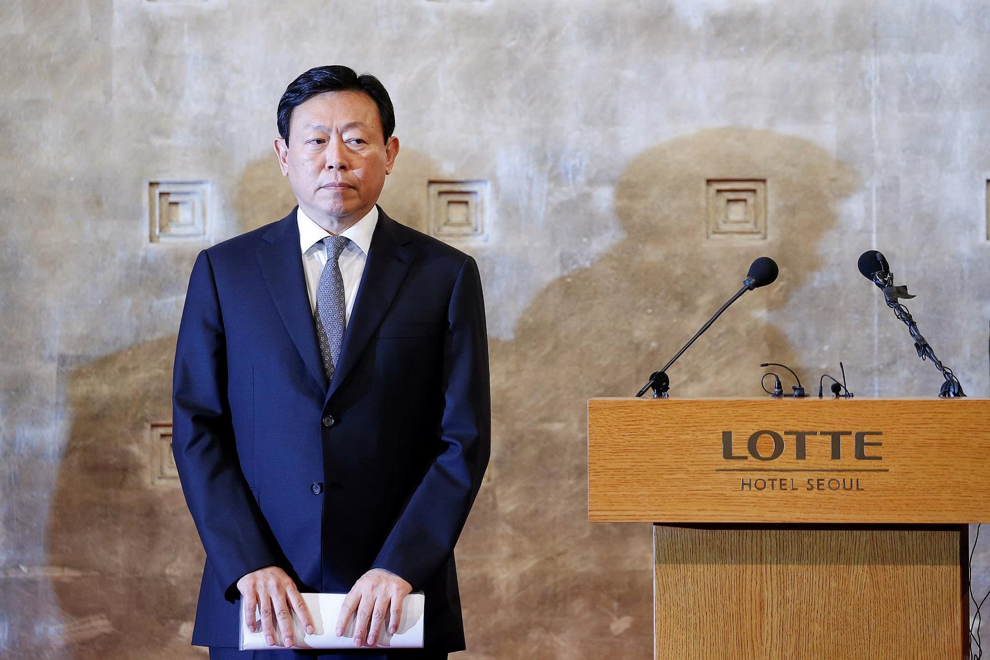 Nhà sáng lập Lotte: Từ chàng trai nghèo mê văn chương đến ông hoàng tập đoàn hàng đầu Hàn Quốc - Ảnh 3.