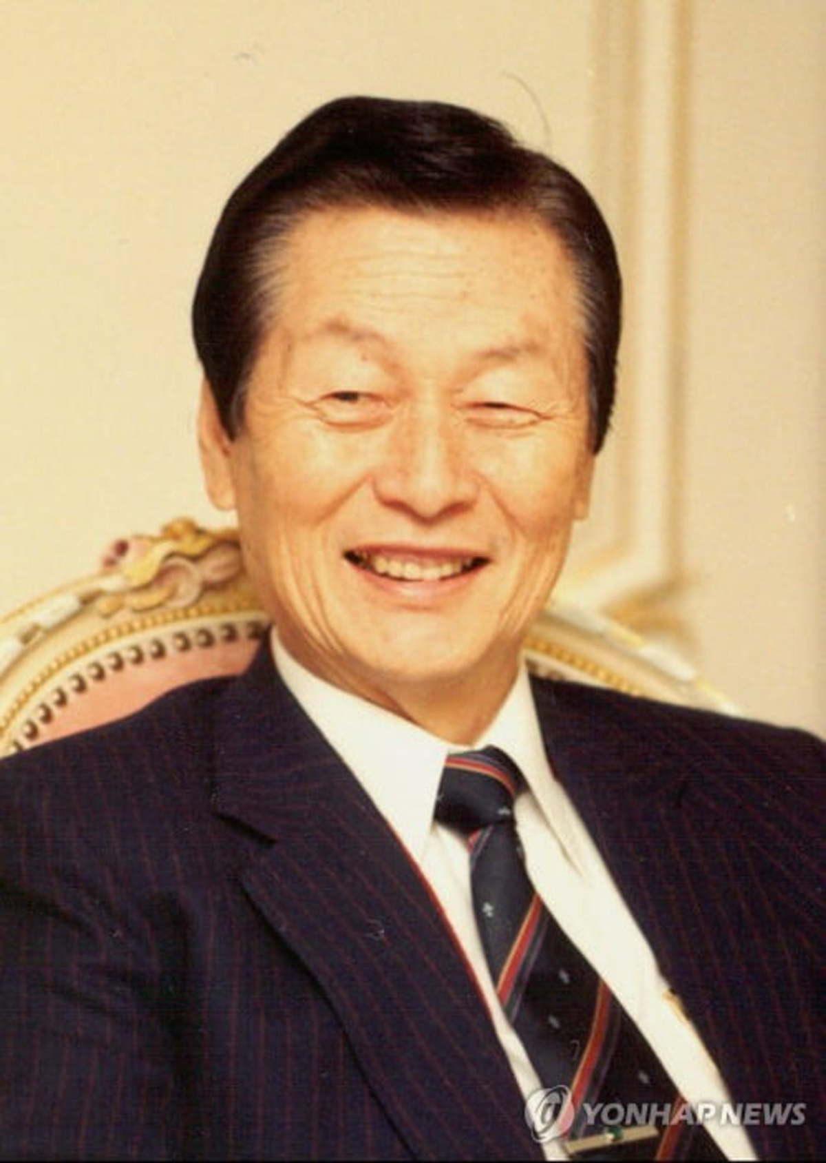 Nhà sáng lập Lotte: Từ chàng trai nghèo mê văn chương đến ông hoàng tập đoàn hàng đầu Hàn Quốc - Ảnh 2.