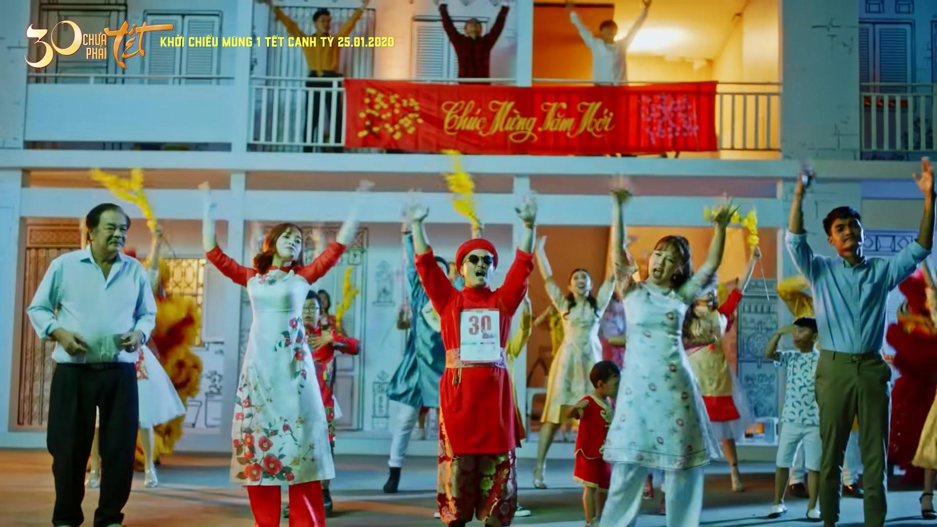 CEO Tân Hiệp Phát nhảy tưng bừng cùng dàn sao showbiz trong MV gây sốt Youtube - Ảnh 2.