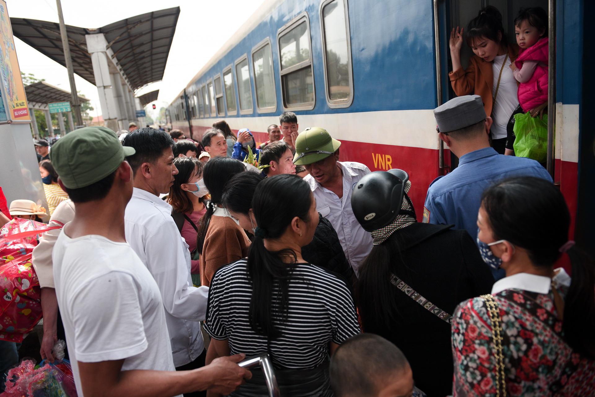 Tet tren nhung chuyen tau cuoi cung cua nam Ky Hoi hinh anh 8 DSC_3364_zing.jpg