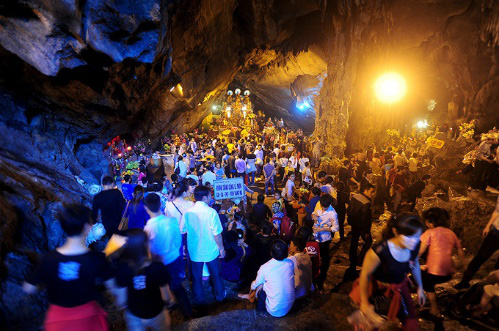 Những điều cần biết khi đi lễ hội chùa Hương - Ảnh 4.