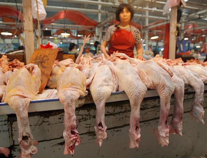Bên trong khu chợ bùng phát virus corona tại Vũ Hán - Ảnh 3.