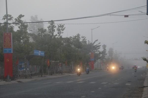 Sóc Trăng: Sương mù dày đặc sáng mùng 2 tết - Ảnh 3.