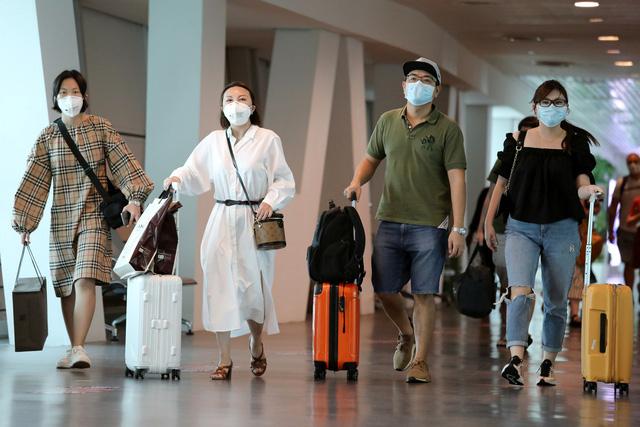 Bộ Giao thông vận tải yêu cầu ngừng tất cả chuyến bay đến vùng có dịch virus corona của Trung Quốc - Ảnh 1.