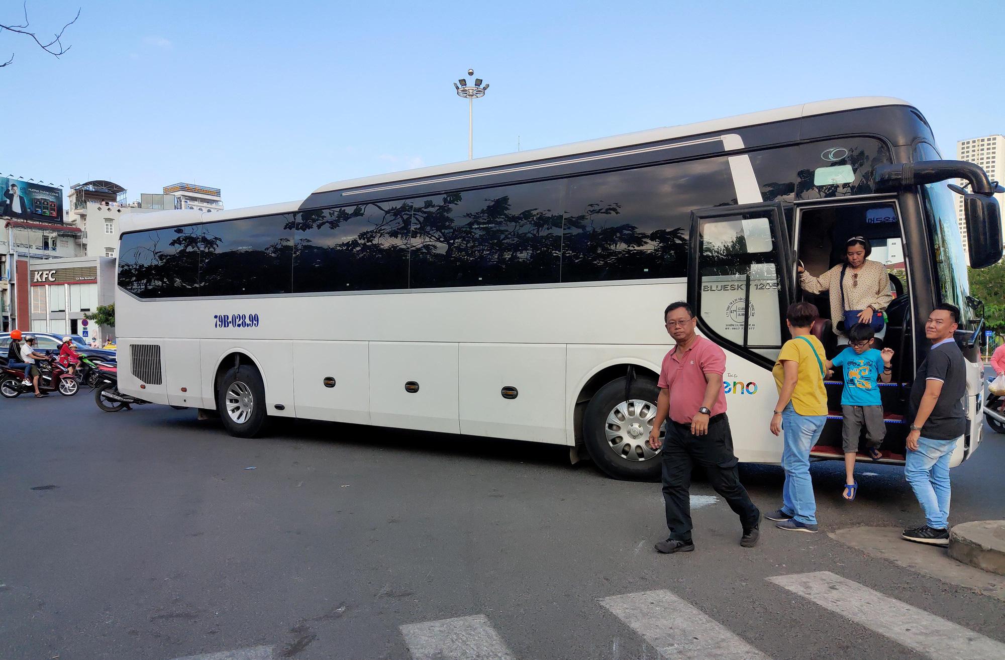 Giữa dịch Covid-19, du lịch Khánh Hòa vẫn hướng đến đón hơn 7,3 triệu lượt khách trong năm 2020 - Ảnh 1.