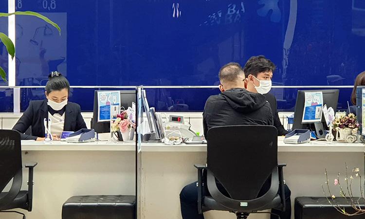 Doanh nghiệp yêu cầu người lao động từ Trung Quốc, Đà Nẵng, Nha Trang trở về làm việc sau Tết phải tự 'cách li' tại nhà - Ảnh 1.