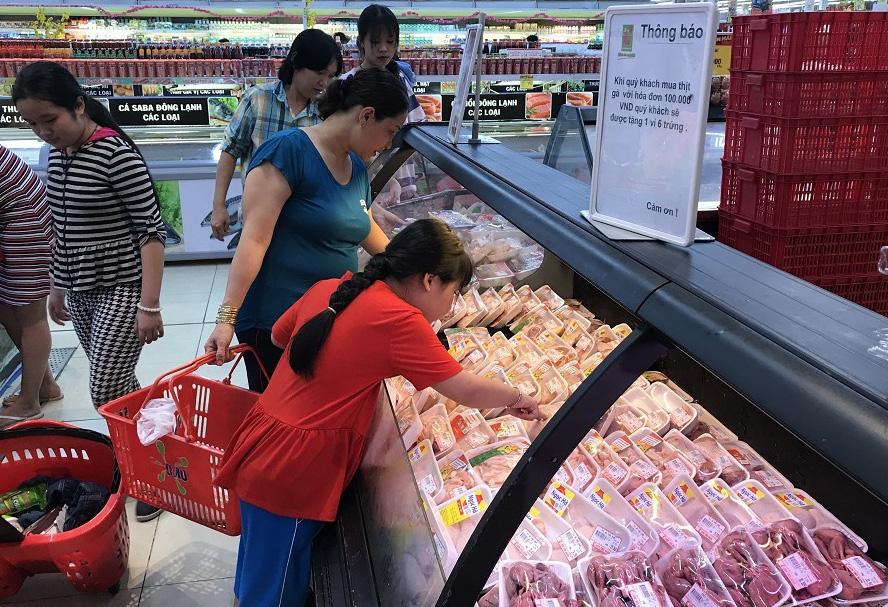 Giá heo hơi liên tục lao dốc, mất hơn 20.000 đồng/kg, Bộ Công Thương yêu cầu không nhập heo lậu, doanh nghiệp không găm hàng, tăng giá - Ảnh 3.