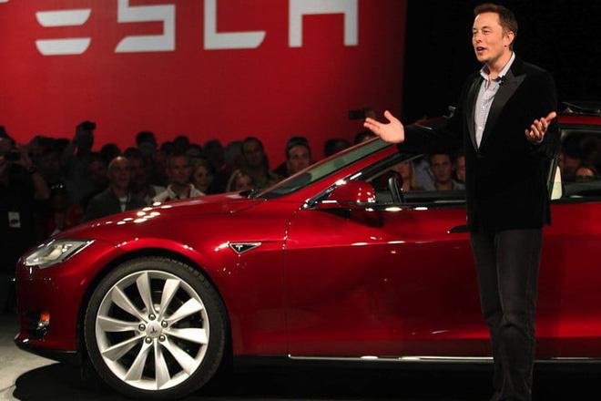 Elon Musk - người đàn ông 'viễn tưởng' xây dựng kỉ nguyên mới cho ôtô điện - Ảnh 2.