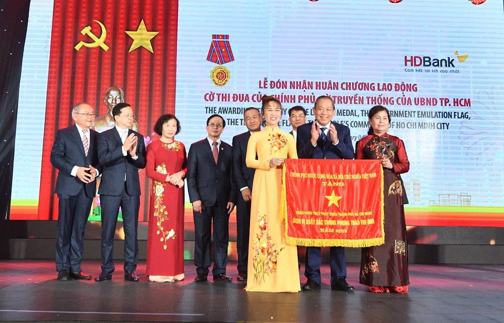 Bí thư Thành ủy Nguyễn Thiện Nhân: HDBank hãy trở thành ngân hàng hạnh phúc - Ảnh 2.