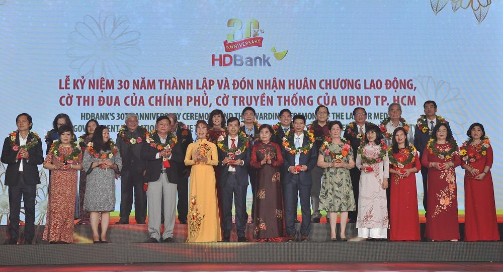 HDBank kỉ niệm 30 năm hoạt động: Ngày hội lớn hơn của 16.000 CBNV - Ảnh 7.