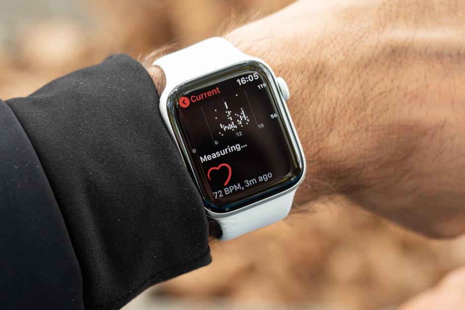 iPhone 2020 sẽ sử dụng được lâu hơn nhờ công nghệ đặc biệt trên Apple Watch - Ảnh 1.