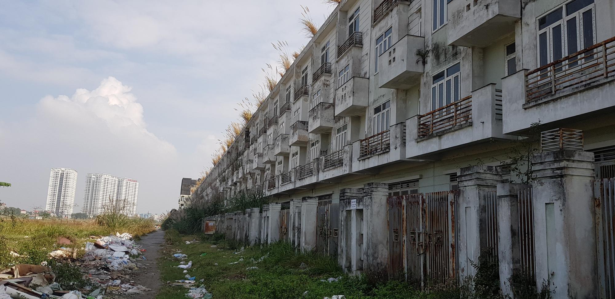 Năm 2020 huyện Hoài Đức thành quận: Liền kề, biệt thự HUD Vân Canh giá vài tỉ đồng để hoang, đón qui hoạch?  - Ảnh 10.