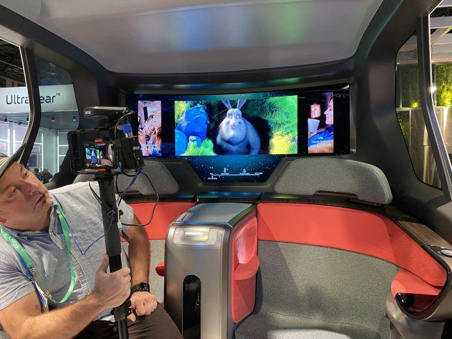 LG giới thiệu xe tự lái độc đáo ra mắt vào năm 2030 - Ảnh 2.