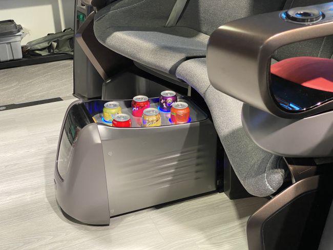 LG giới thiệu xe tự lái độc đáo ra mắt vào năm 2030 - Ảnh 4.