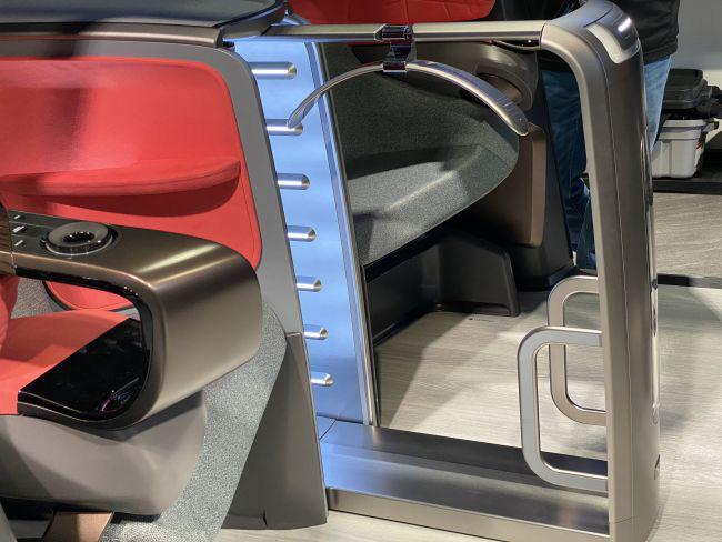 LG giới thiệu xe tự lái độc đáo ra mắt vào năm 2030 - Ảnh 5.
