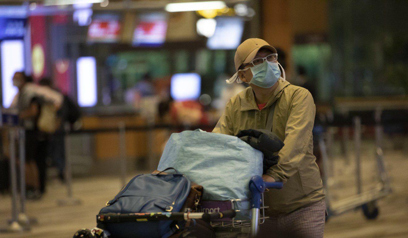 Các nền kinh tế châu Á điêu đứng vì virus corona - Ảnh 4.