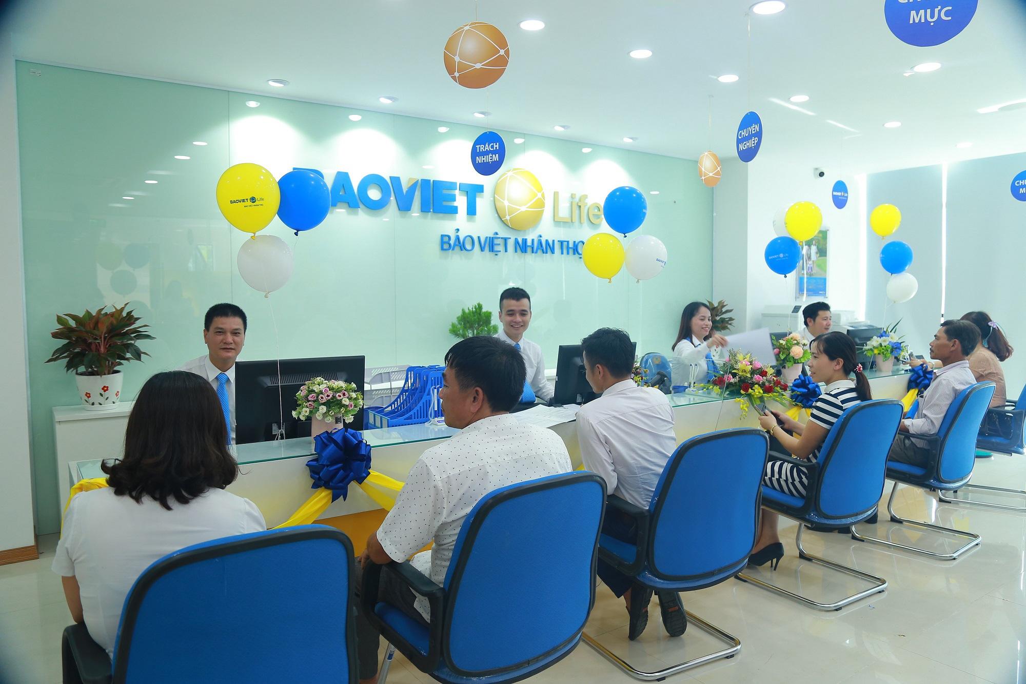 Nâng cao chất lượng chăm sóc Khách hàng luôn là ưu tiên hàng đầu của Bảo Việt Nhân thọ. (Ảnh: BVNT).