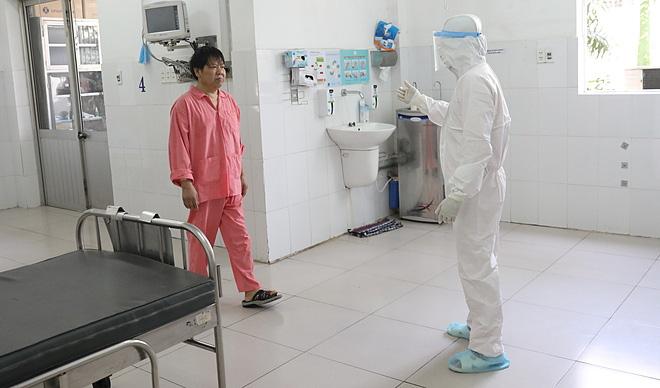 Bệnh viện Chợ Rẫy điều trị thành công cho bệnh nhân nhiễm virus corona đầu tiên ở Việt Nam - Ảnh 1.