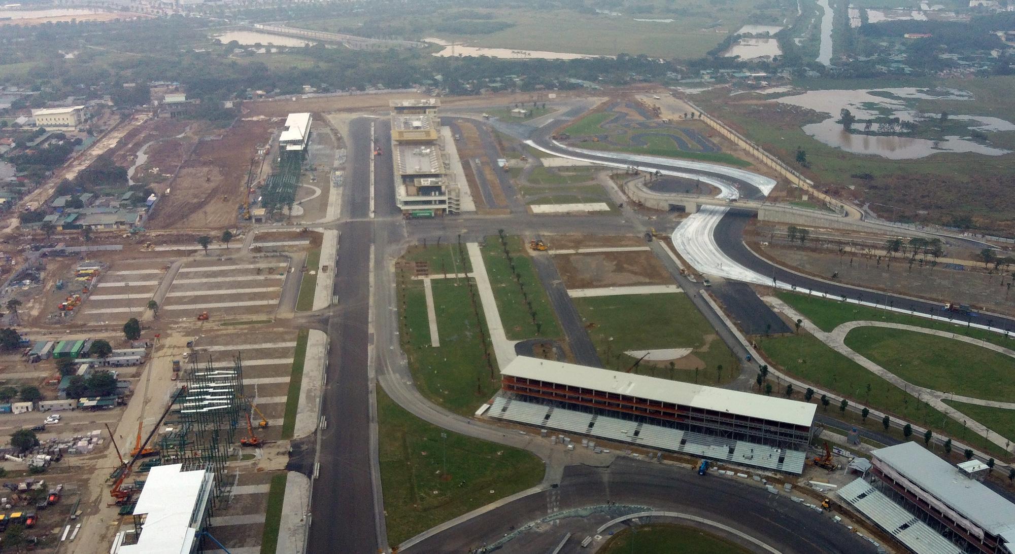Nhìn gần đường đua F1 Hà Nội sắp khởi tranh - Ảnh 2.