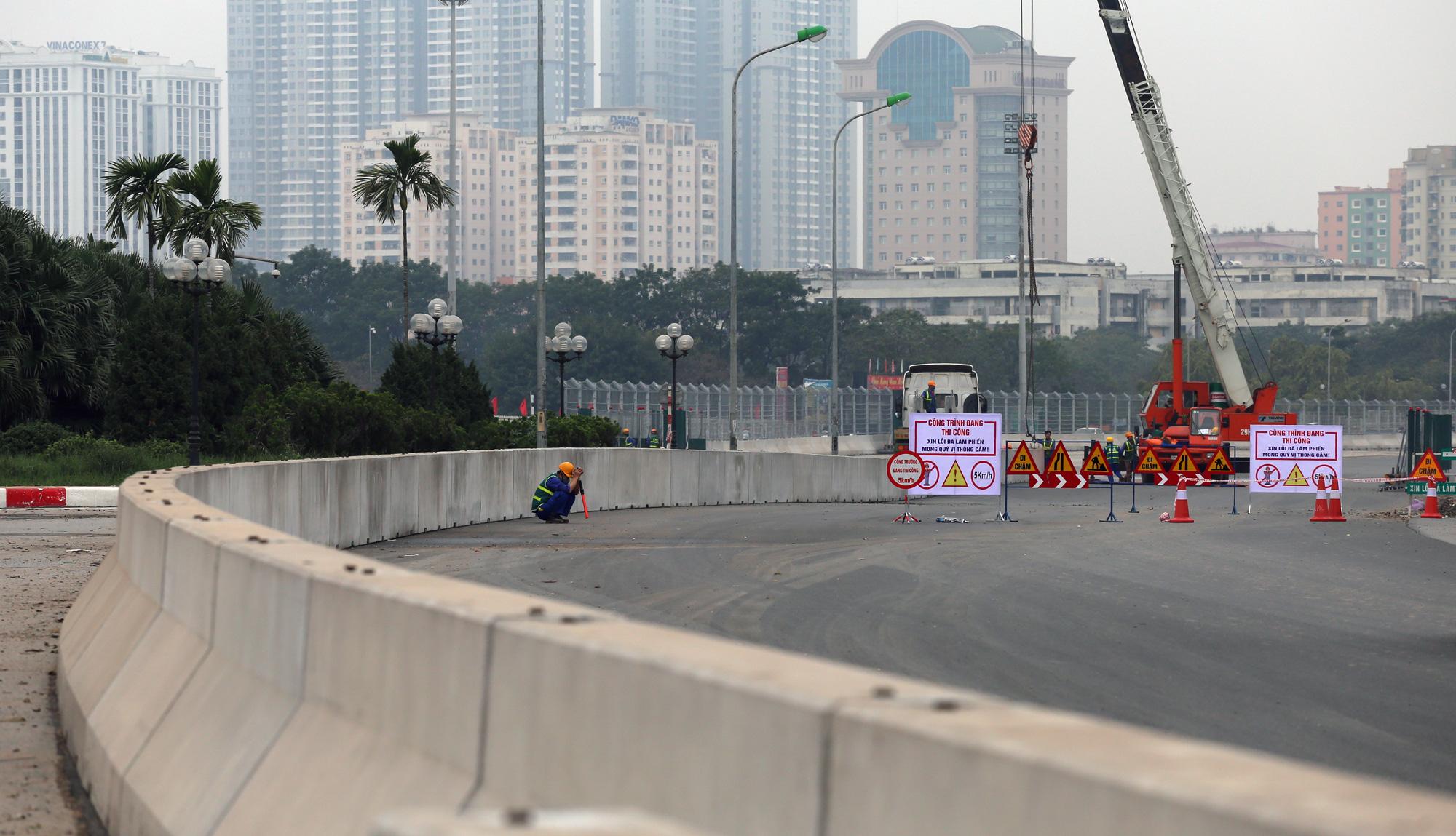 Nhìn gần đường đua F1 Hà Nội sắp khởi tranh - Ảnh 16.