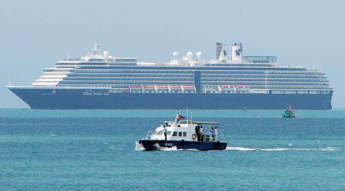 Tại sao du khách không ngần ngại đi tàu biển khi virus corona vẫn đang diễn biến phức tạp? - Ảnh 3.