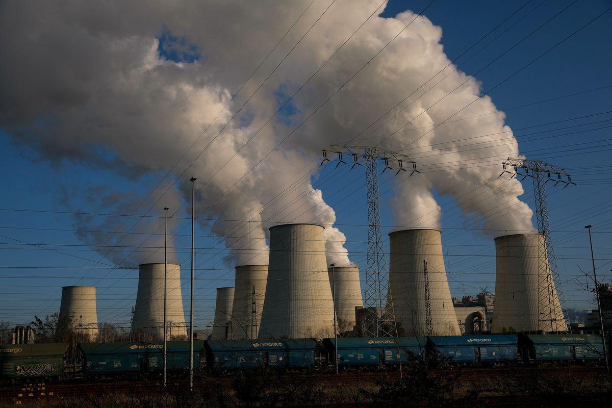 Ô nhiễm không khí tiêu tốn 8 tỉ đô la mỗi ngày - Ảnh 1.