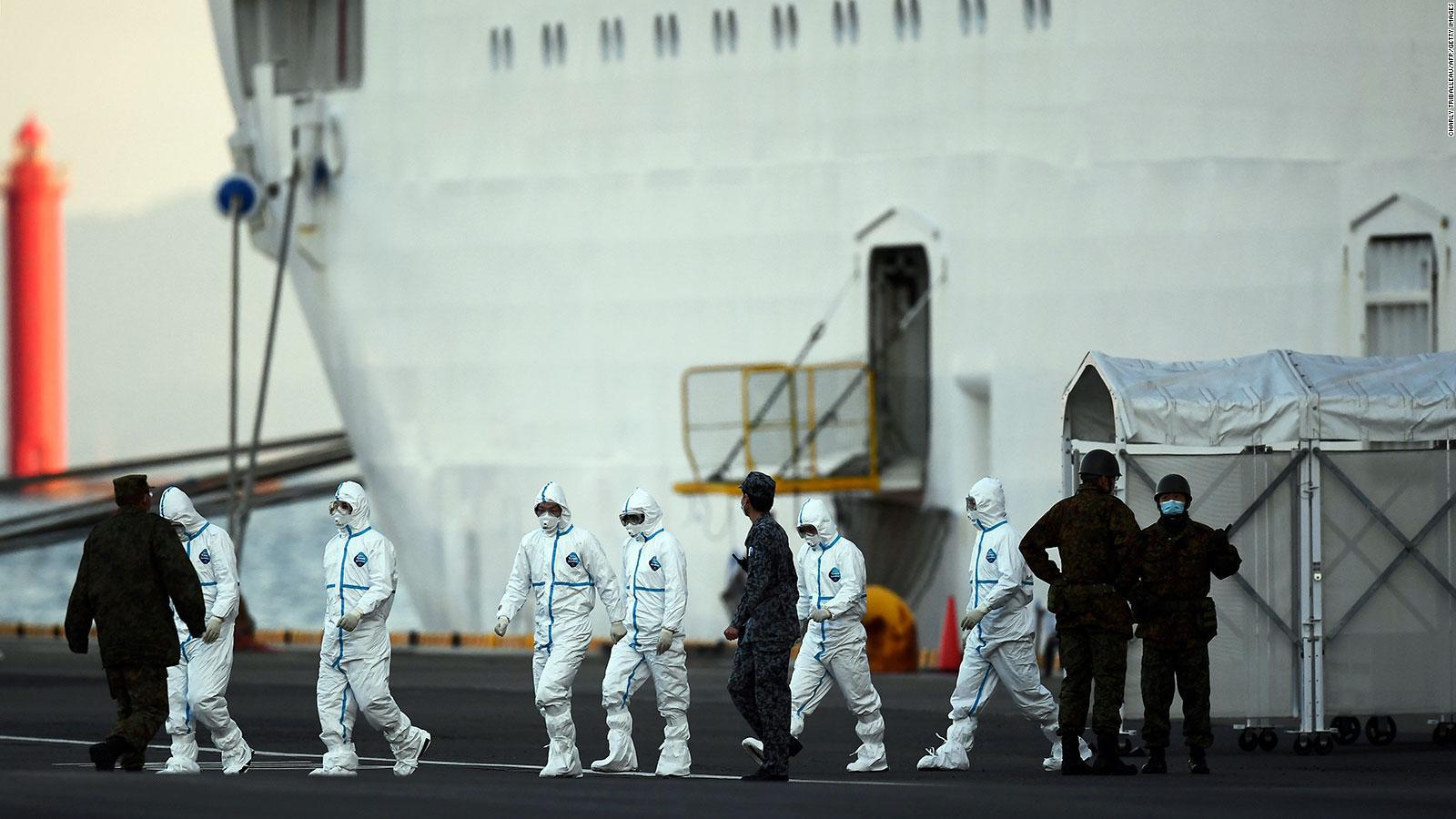 Tại sao du khách không ngần ngại đi tàu biển khi virus corona vẫn đang diễn biến phức tạp? - Ảnh 2.