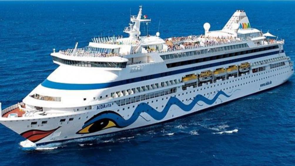 Không vào Việt Nam, tàu du lịch chở hơn 1.000 khách cập cảng ở Thái Lan - Ảnh 1.