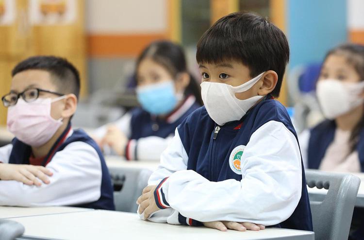 TP HCM cho học sinh nghỉ học đến hết tháng 2 để phòng dịch Covid-19 - Ảnh 1.