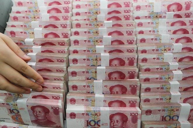 Trung Quốc khử trùng, niêm phong toàn bộ tiền giấy cũ để hạn chế sự lây lan của virus corona - Ảnh 1.