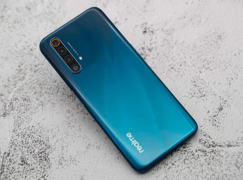 Realme vượt mặt Samsung với điện thoại 5G RAM 12GB, sạc nhanh 65W - Ảnh 2.