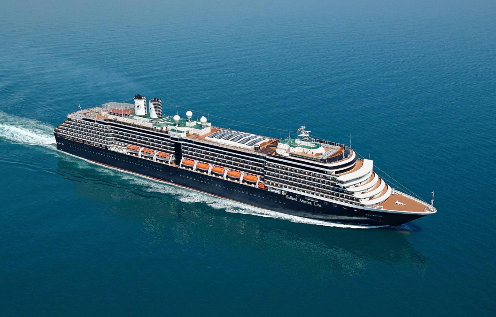 Sau khi cập cảng Campuchia, tàu du lịch MS Westerdam hủy chuyến đi và bồi thường cho khách - Ảnh 1.