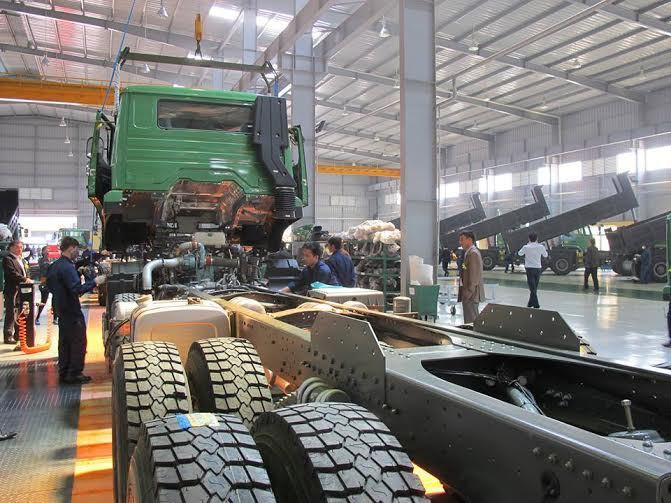 Bất ngờ cạn nguồn, nhiều nhà máy ô tô Việt phải ngừng sản xuất - Ảnh 2.