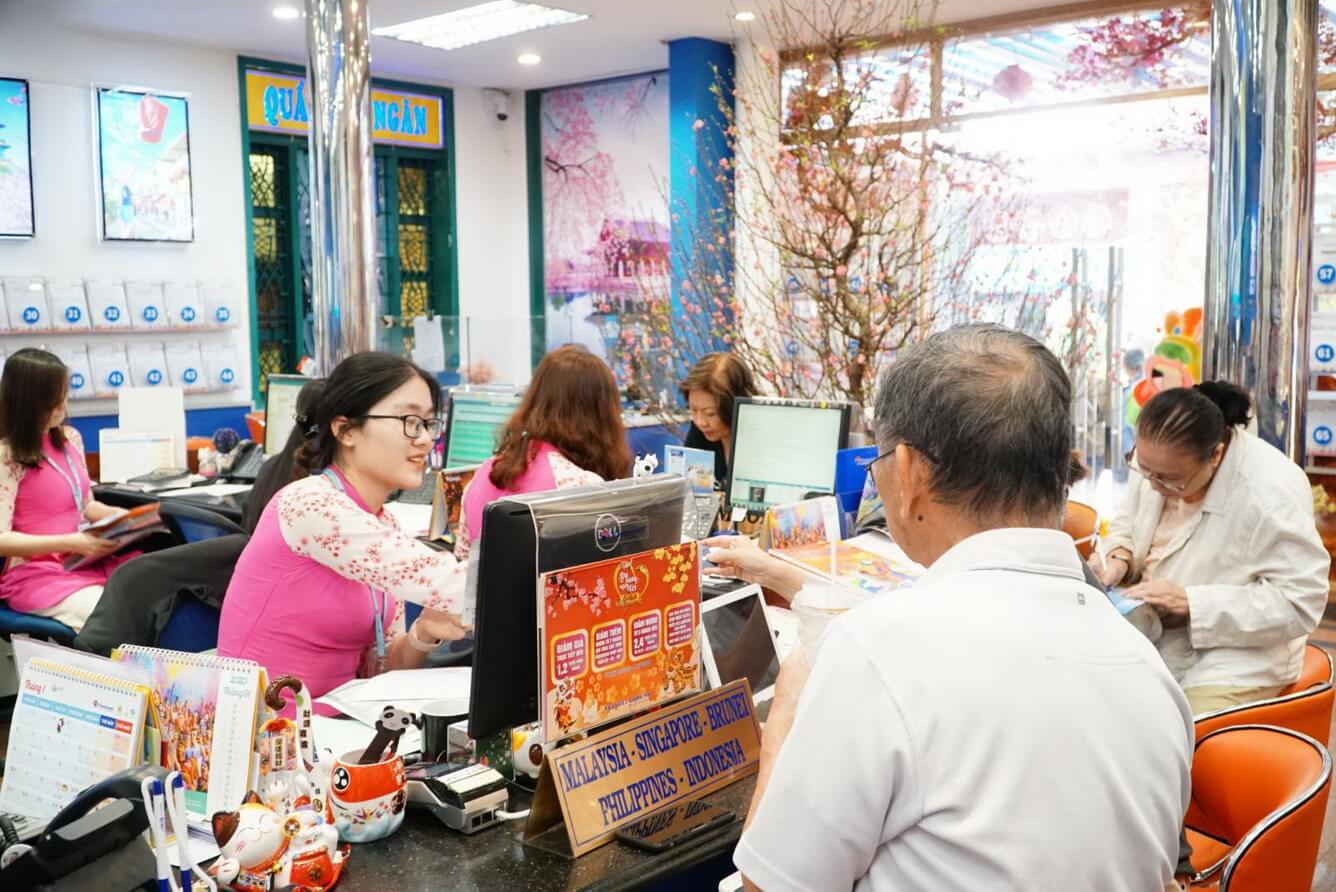Doanh nghiệp lữ hành tung chiêu giảm giá kích cầu du lịch sau corona - Ảnh 2.