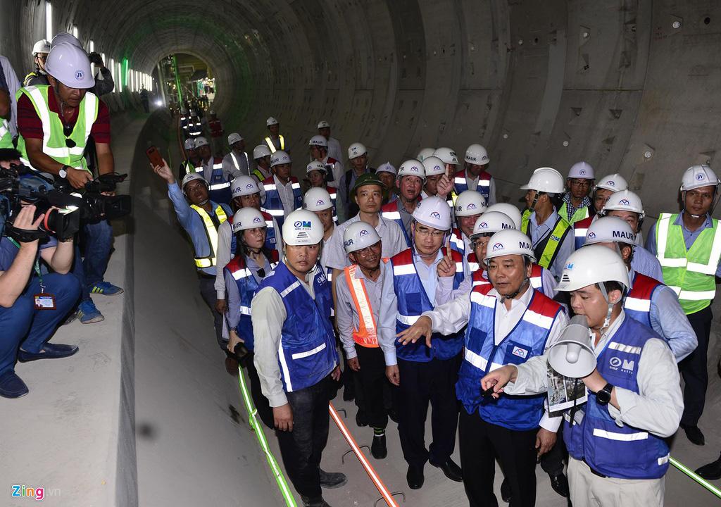 Metro Bến Thành - Suối Tiên thông tuyến, nhiều hạng mục đua nước rút - Ảnh 1.