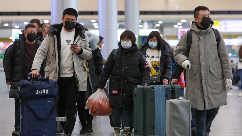 Chưa đến 1/3 lao động dám đi làm, kinh tế Trung Quốc dường như không còn hoạt động - Ảnh 4.