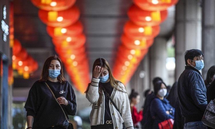'Thiệt hại do viêm phổi Vũ Hán nghiêm trọng hơn SARS' - Ảnh 2.