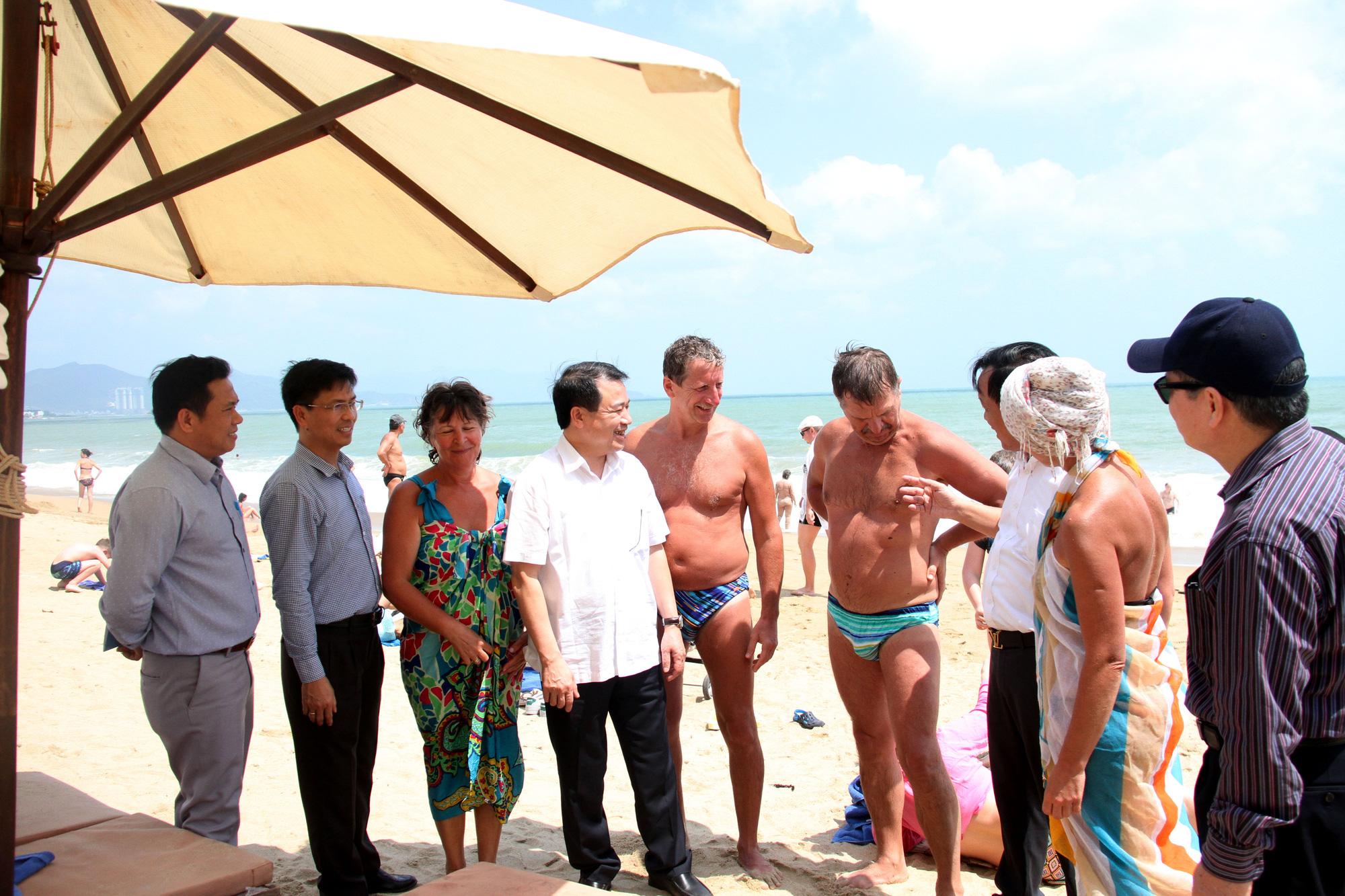 Khánh Hòa: Quí I giảm hơn 1 triệu lượt khách du lịch ảnh hưởng dịch covid-19 - Ảnh 4.