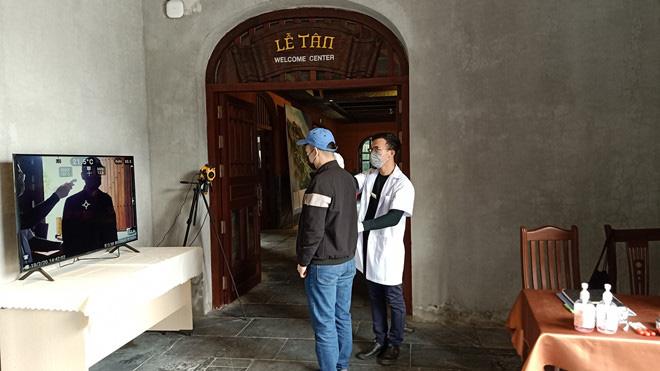 Vé cáp treo Yên Tử giảm giá mạnh để thu hút khách du lịch đến tham quan - Ảnh 2.