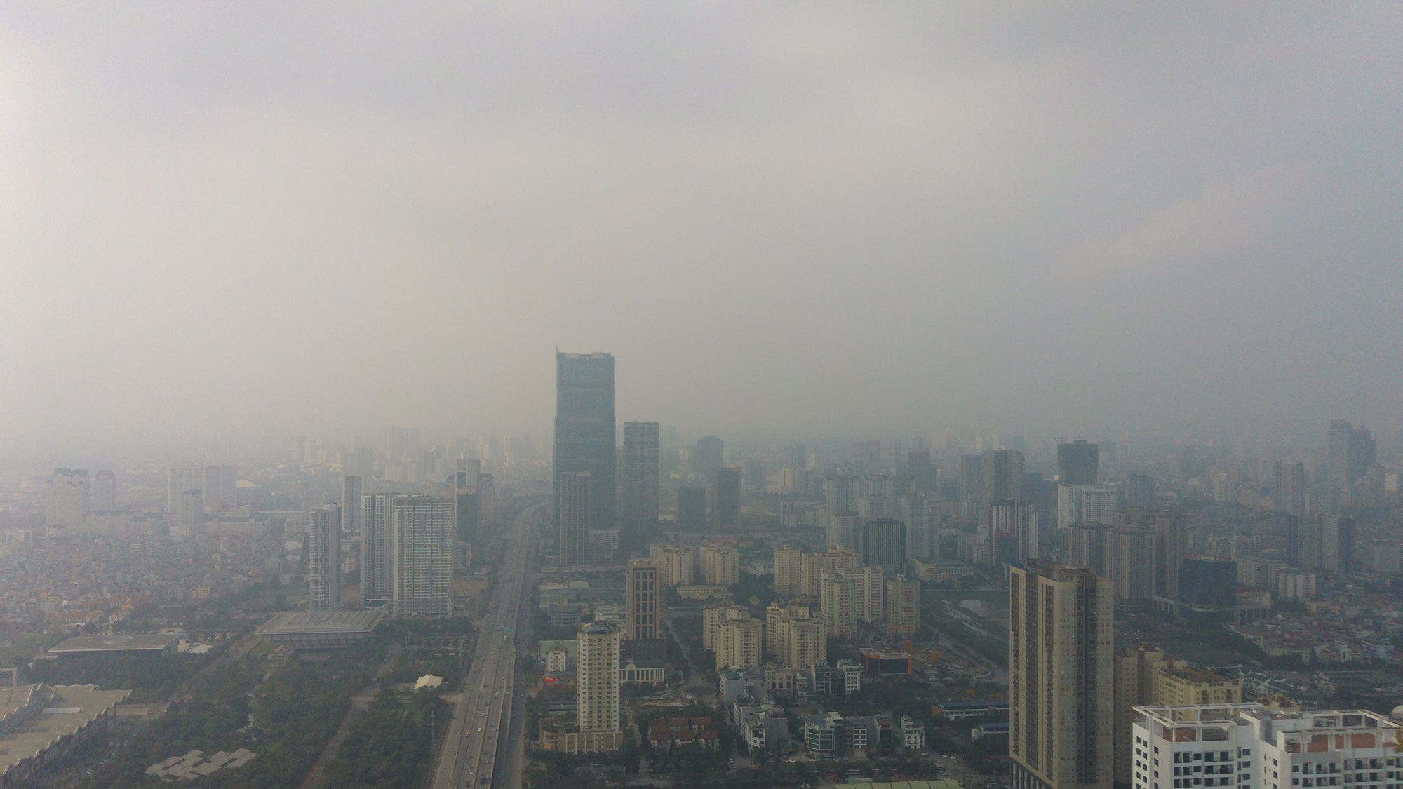 Hà Nội ô nhiễm không khí ở mức cảnh báo tím từ sáng đến chiều - Ảnh 4.